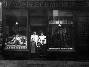 Schmidt's Butchers 1900