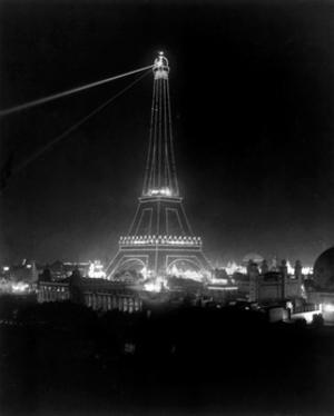 Eiffel Tower, Paris Expo, 1900 by Science Source