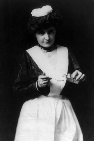Spoonful of Medicine, 1907