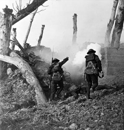 WWI, American Soldiers Charging Under Fire by Science Source