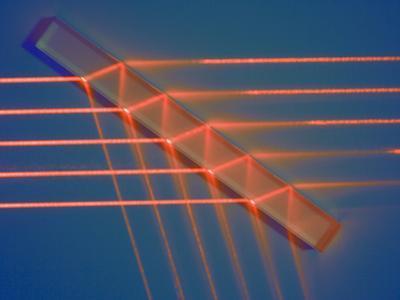 Path of Parallel Light Rays Through a Rectangular Prism by Scientifica