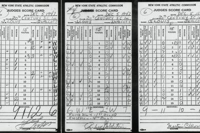 https://imgc.allpostersimages.com/img/posters/scorecards-from-boxing-match_u-L-PZOQ9T0.jpg?artPerspective=n
