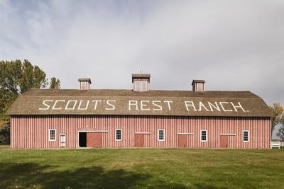 https://imgc.allpostersimages.com/img/posters/scout-s-rest-ranch-north-platte-nebraska-usa_u-L-PN6X7F0.jpg?p=0