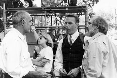 Sean Connery, Kevin Costner and le realisateur Brian by Palma sur le tournage du film Les incorrupt