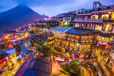 Jiufen, Taiwan by SeanPavonePhoto