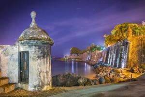 Paseo Del Morro in San Juan, Puerto Rico. by SeanPavonePhoto