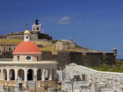 https://imgc.allpostersimages.com/img/posters/seaside-cemetary-san-juan-puerto-rico-usa-caribbean_u-L-PHAQLL0.jpg?artPerspective=n