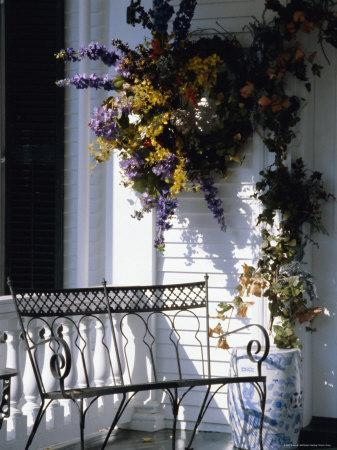 https://imgc.allpostersimages.com/img/posters/seat-on-typical-front-porch-woodstock-vermont-new-england-usa_u-L-P1KDLN0.jpg?p=0