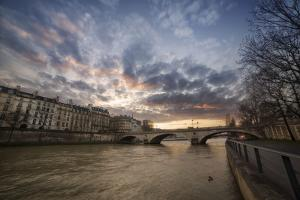 Paris, End of a Day by Sebastien Lory