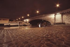 Paris Quaiouest by Sebastien Lory