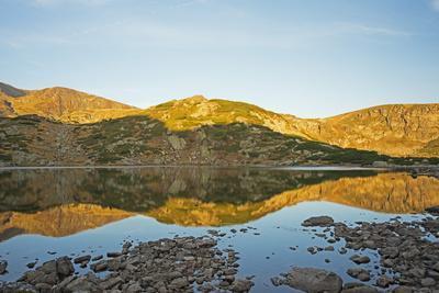 https://imgc.allpostersimages.com/img/posters/sedem-rilski-ezera-seven-rila-lakes-hiking-area-bulgaria-europe_u-L-PNFQXK0.jpg?artPerspective=n