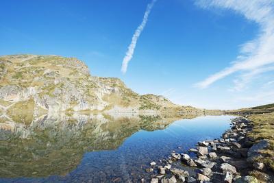 https://imgc.allpostersimages.com/img/posters/sedem-rilski-ezera-seven-rila-lakes-hiking-area-bulgaria-europe_u-L-PNFQXW0.jpg?artPerspective=n