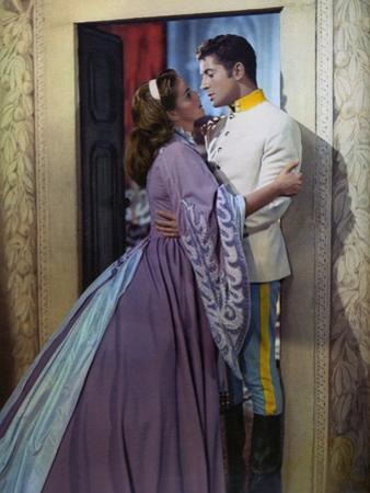 SENSO, 1954 directed by LUCHINO VISCONTI Farley Granger and Alida Valli (photo)