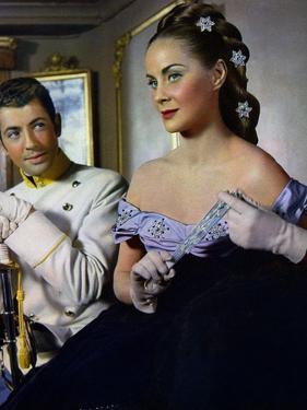 SENSO, 1954 directed by LUCHINO VISCONTI Farley Granger and Alida Vallli (photo)
