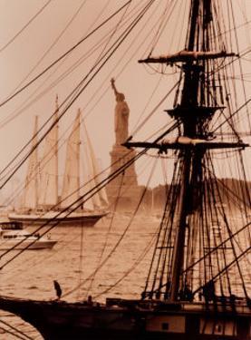 Lady Liberty by Sergei Beliakov
