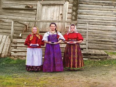Young Russian Peasant Women, Sheksna River, Near the Small Town of Kirillov, Russia, 1909
