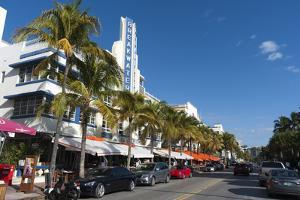 Breakwater Hotel, Ocean Drive, South Beach, Miami Beach, Florida, Usa by Sergio Pitamitz