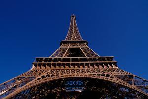 France, Paris, Tour Eiffel. by Sergio Pitamitz