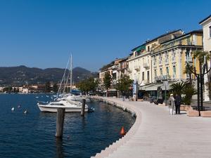 Lungolago Zanardelli, Salo, Lake Garda, Lombardy, Italian Lakes, Italy, Europe by Sergio Pitamitz