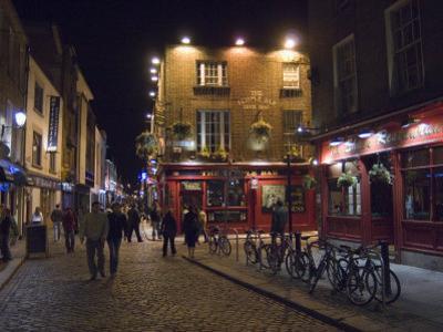 The Temple Bar Pub, Temple Bar, Dublin, County Dublin, Republic of Ireland (Eire) by Sergio Pitamitz