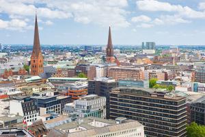 Hamburg in A Summer Day by SergiyN