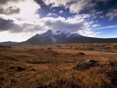 https://imgc.allpostersimages.com/img/posters/sgurr-nan-gillean-black-cuillins-range-near-sligachan-isle-of-skye-inner-hebrides-scotland_u-L-P7LPW00.jpg?p=0