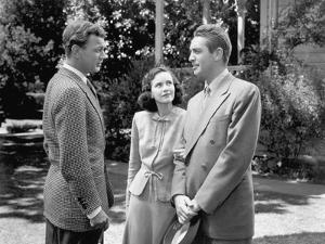 SHADOW OF A DOUBT, 1943 directed by ALFRED HITCHCOCK Joseph Cotten, Teresa Wright (b/w photo)