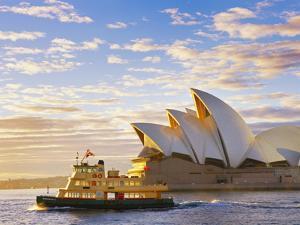 Australia, New South Wales, Sydney, Sydney Opera House, Boat Infront of Opera House by Shaun Egan
