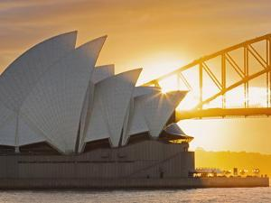 Australia, New South Wales, Sydney, Sydney Opera House, by Shaun Egan