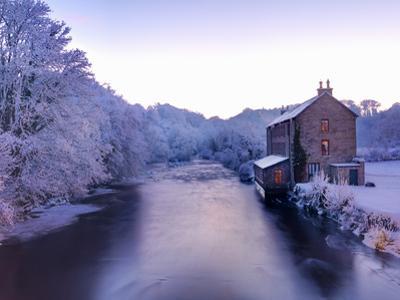 Ireland, Co.Donegal, Ramelton, River lennon in winter, House by river (PR) by Shaun Egan