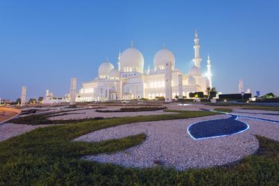 https://imgc.allpostersimages.com/img/posters/sheikh-zayed-grand-mosque-abu-dhabi-united-arab-emirates-middle-east_u-L-PQ8PAB0.jpg?p=0