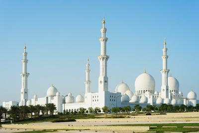 https://imgc.allpostersimages.com/img/posters/sheikh-zayed-grand-mosque-abu-dhabi-united-arab-emirates-middle-east_u-L-PQ8PXN0.jpg?p=0