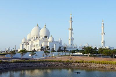 https://imgc.allpostersimages.com/img/posters/sheikh-zayed-grand-mosque-abu-dhabi-united-arab-emirates-middle-east_u-L-PQ8PXZ0.jpg?artPerspective=n