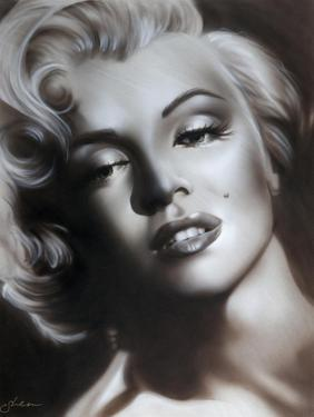 Marilyn in Black and White by Shen