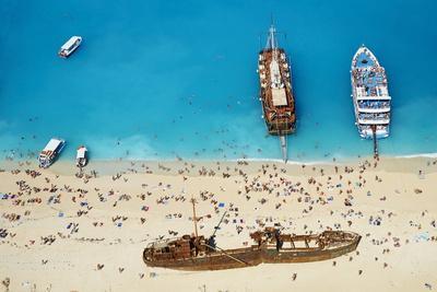 https://imgc.allpostersimages.com/img/posters/shipwreck-beach-zante-island-ionian-islands-greek-islands-greece-europe_u-L-PQ8SXZ0.jpg?artPerspective=n