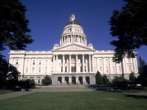State Capitol Building, Sacramento, CA by Shmuel Thaler