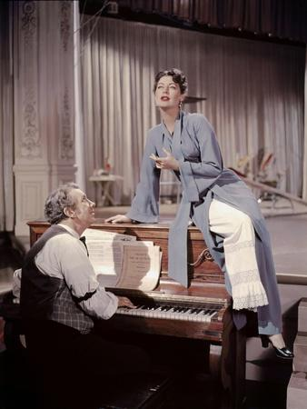 https://imgc.allpostersimages.com/img/posters/show-boat-by-georgesidney-with-ava-gardner-1951-photo_u-L-Q1C1IXQ0.jpg?artPerspective=n