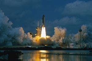 Shuttle Columbia Lifting Off