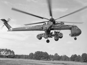 Sikorsky Ch-54 Skycrane in Flight