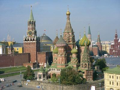 St. Basil's Cathedral and the Kremlin, Red Square, UNESCO World Heritage Site, Moscow, Russia