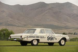 Ford Galaxie 500 race car 1962 by Simon Clay