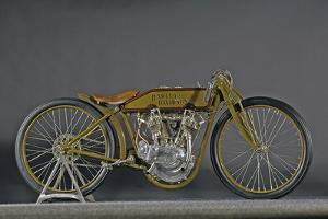 Harley Davidson Board track racer 1921 by Simon Clay