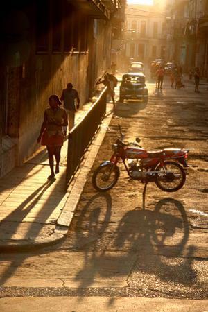 Old Havana by simon tonge