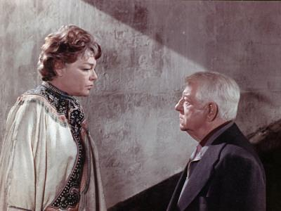 https://imgc.allpostersimages.com/img/posters/simone-signoret-and-jean-gabin-le-chat-1971_u-L-Q10V3O00.jpg?artPerspective=n