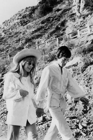 Singers Mick Jagger and Marianne Faithfull in San Remo January 29, 1967
