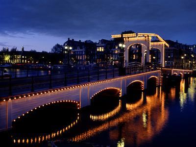 https://imgc.allpostersimages.com/img/posters/skinny-bridge-amsterdam_u-L-Q1AUXP90.jpg?p=0