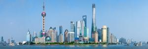 Skylines at the Waterfront, Oriental Pearl Tower, the Bund, Pudong, Huangpu River, Shanghai, China