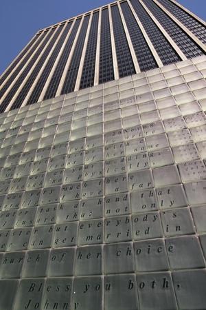 https://imgc.allpostersimages.com/img/posters/skyscraper-of-vietnam-s-veterans-plaza-lower-manhattan-new-york-united-states_u-L-POTU700.jpg?p=0