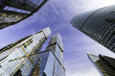 https://imgc.allpostersimages.com/img/posters/skyscrapers-of-the-modern-moscow-city-international-business-and-finance-development_u-L-PWFL870.jpg?p=0