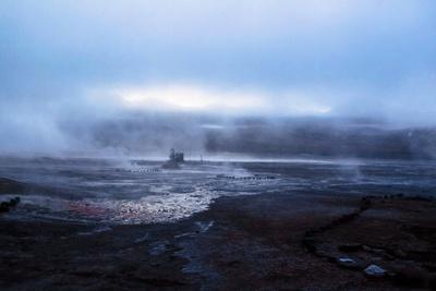 https://imgc.allpostersimages.com/img/posters/smokes-from-the-geyser-el-tatio-atacama-desert-chile-and-bolivia_u-L-Q10VFHZ0.jpg?p=0